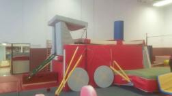 Construction baby gym - Train